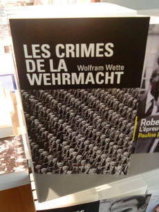 Buch ber die Wehrmacht in Paris